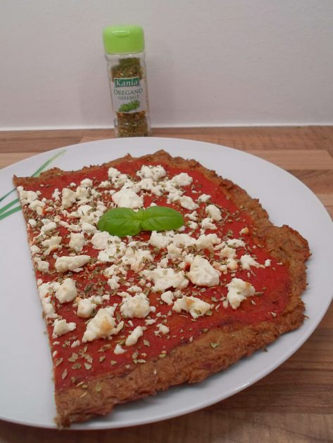 Low Carb Thunfisch Pizza mit Feta