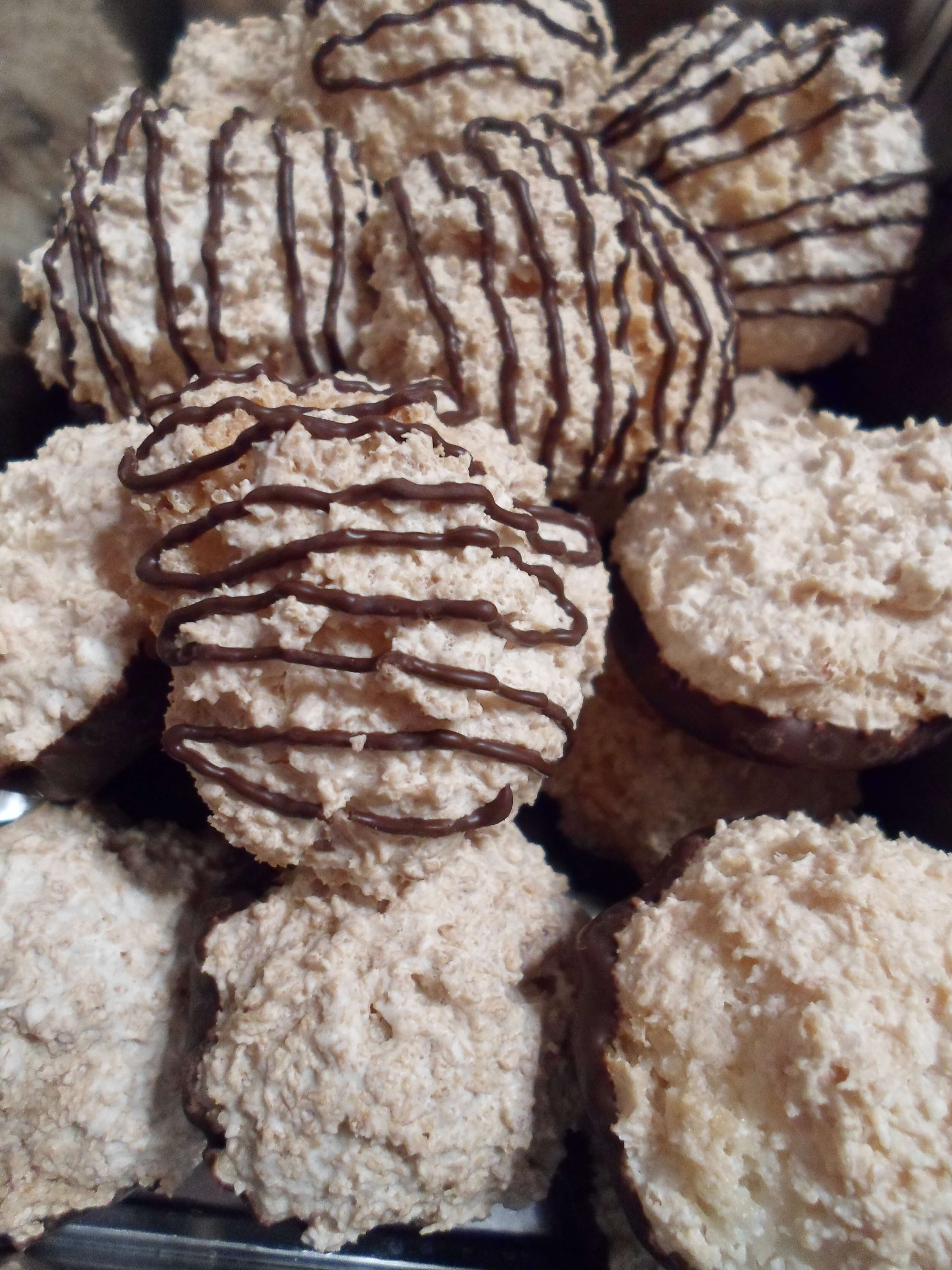low carb kokosmakronen leckeres rezept f r kohlenhydratarme kekse. Black Bedroom Furniture Sets. Home Design Ideas