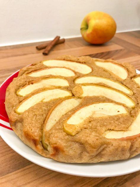 Fitness Apfelkuchen - Rezept mit Haferflocken