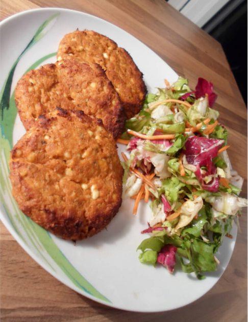 Thunfisch Frikadellen mit gemischtem Salat