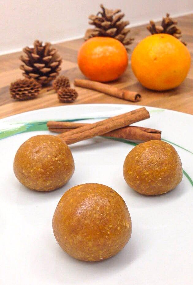 Energyballs mit Haferflocken und Erdnussbutter - Gesundes Rezept