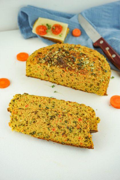 Low Carb Karottenbrot - Gesundes Rezept