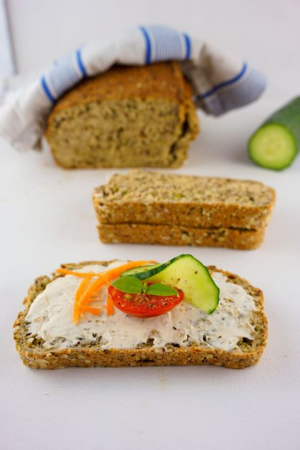 Brot mit Dinkel selber backen