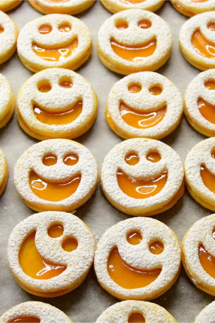 Low Carb Spitzbuben Rezept - Zuckerfreie Linzer Kekse
