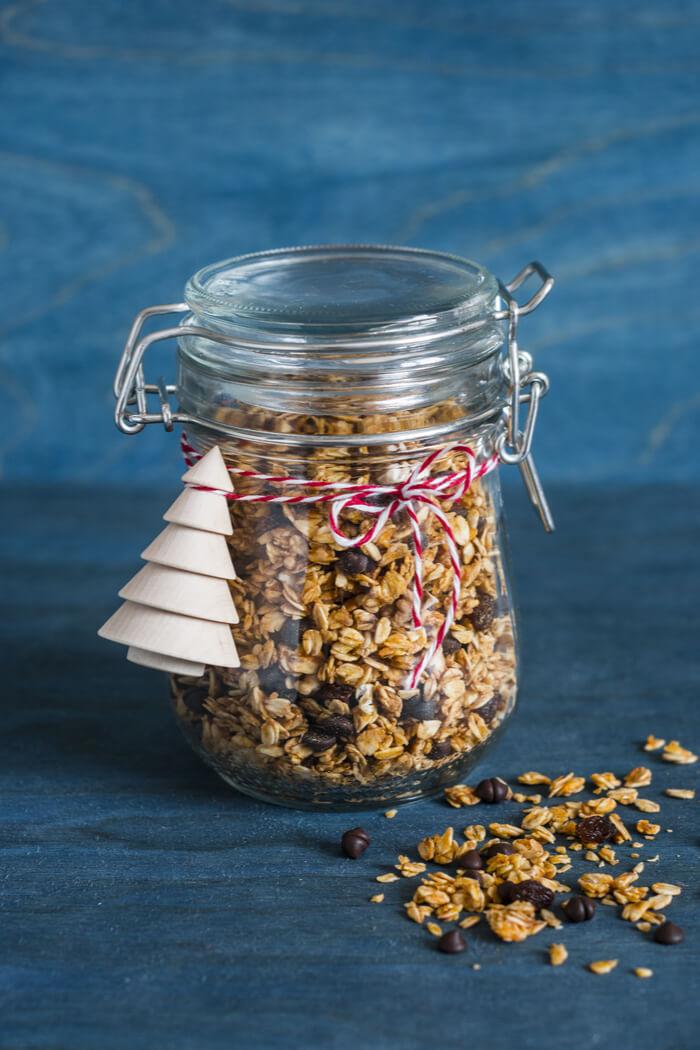 Haferflocken zu Granola verarbeiten
