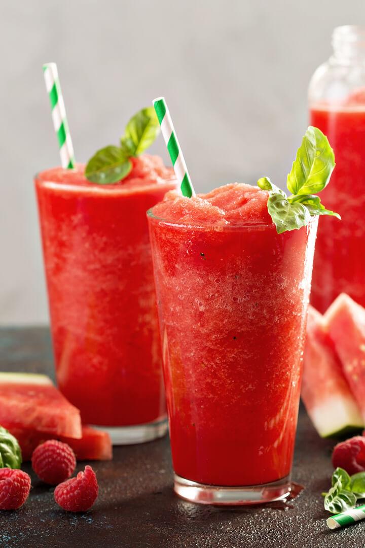 Erfrischender Himbeer Wassermelonen Smoothie