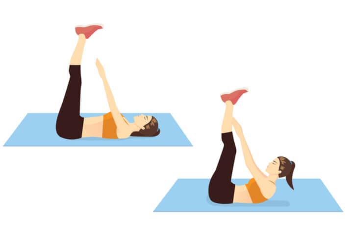 Toe Tap Crunches für die mittlere Bauchmuskulatur