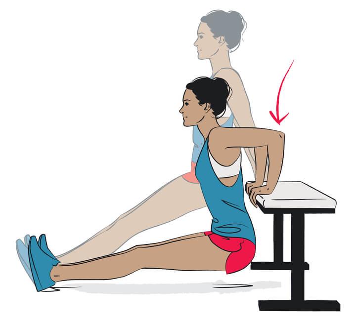 Frau trainiert die Brustmuskeln mit Dips