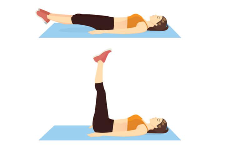 Liegendes Beinheben für die untere Bauchmuskulatur