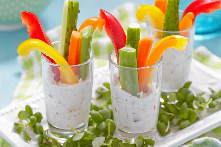 Gemüse mit Quark-Dip