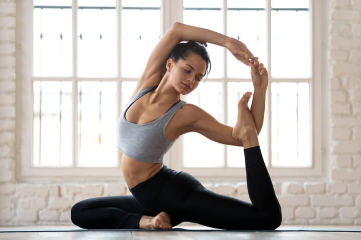 Yoga übungen Alleine