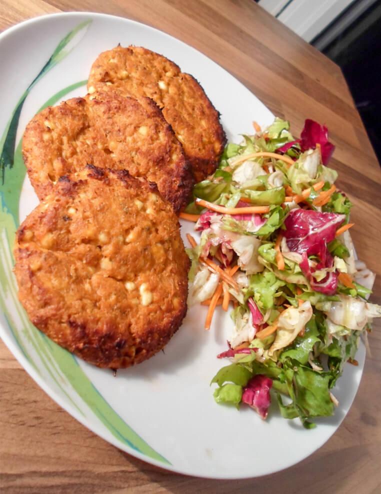Thunfisch Frikadellen mit Salat