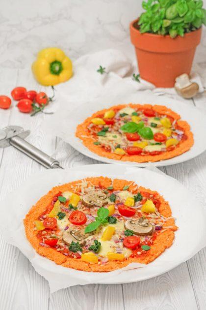 Vegetarische rote Linsen Pizza